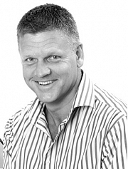 Mr Craig  Torr